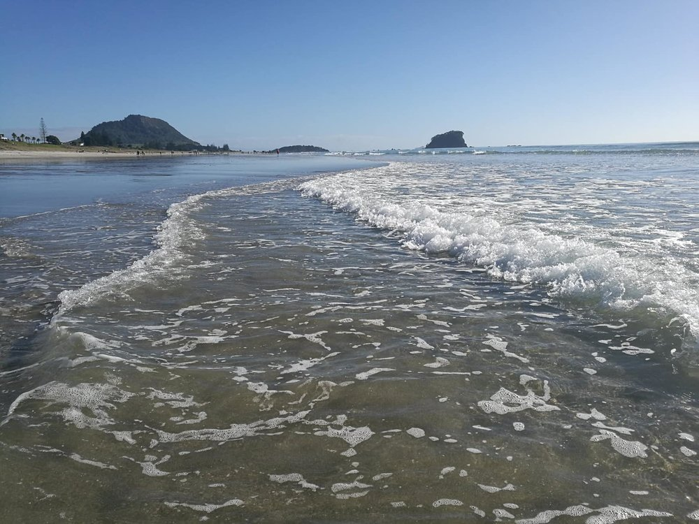 Mt Maunganui on the east coast of the North Island by Jesse Whitehead of  Ryukyucam