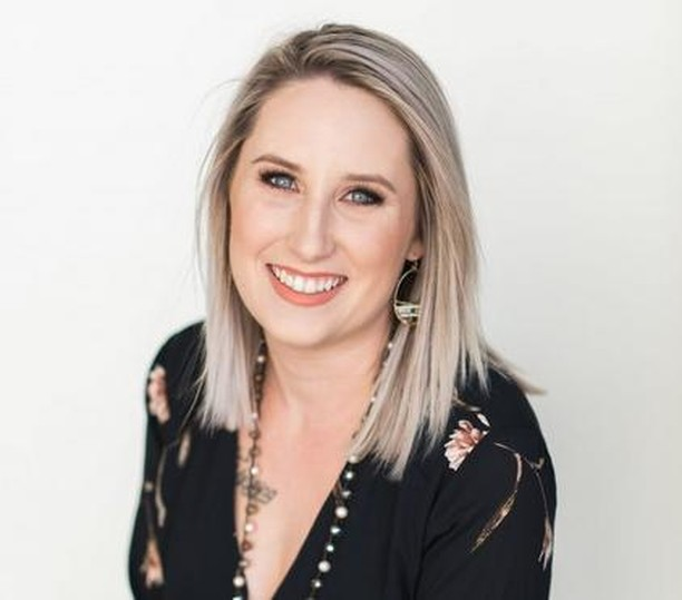 On the podcast today, we are talking to Cammie Petty, owner and creative director of @beautiful_event_rentals. On this episode, Cammie talks about her love for organic and innovative design, her highs and lows of running this business, and how she unwinds after a stressful day. I'm so excited for you to hear what she has to say!  #sheandcompany #smallbusinessowner #girlboss #fempreneur #podcasting #podcaster #beingboss #goaldigger #sheandcopodcast #toppodcast2018 #bestnewpodcast #marketingpodcast #businesspodcast #featuredpodcast #flashesofdelight #thehappynow #pursuepretty #therisingtidesociety #risingtide #entrepreneur