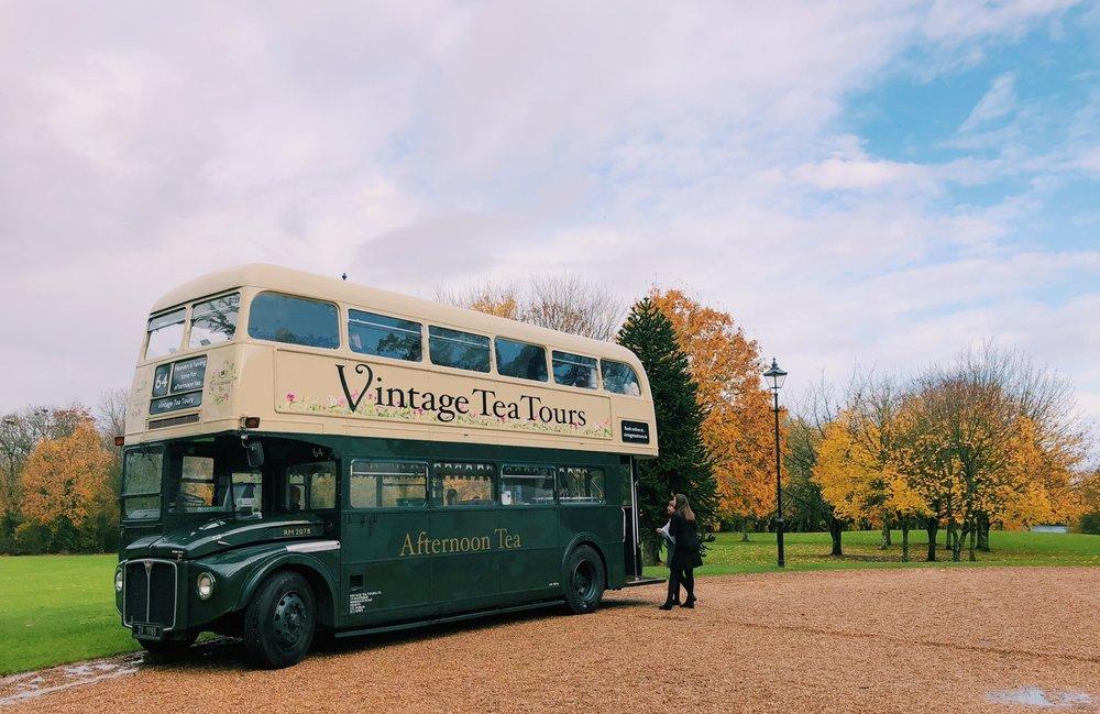 vintage-tea-tours-afternoon-tea