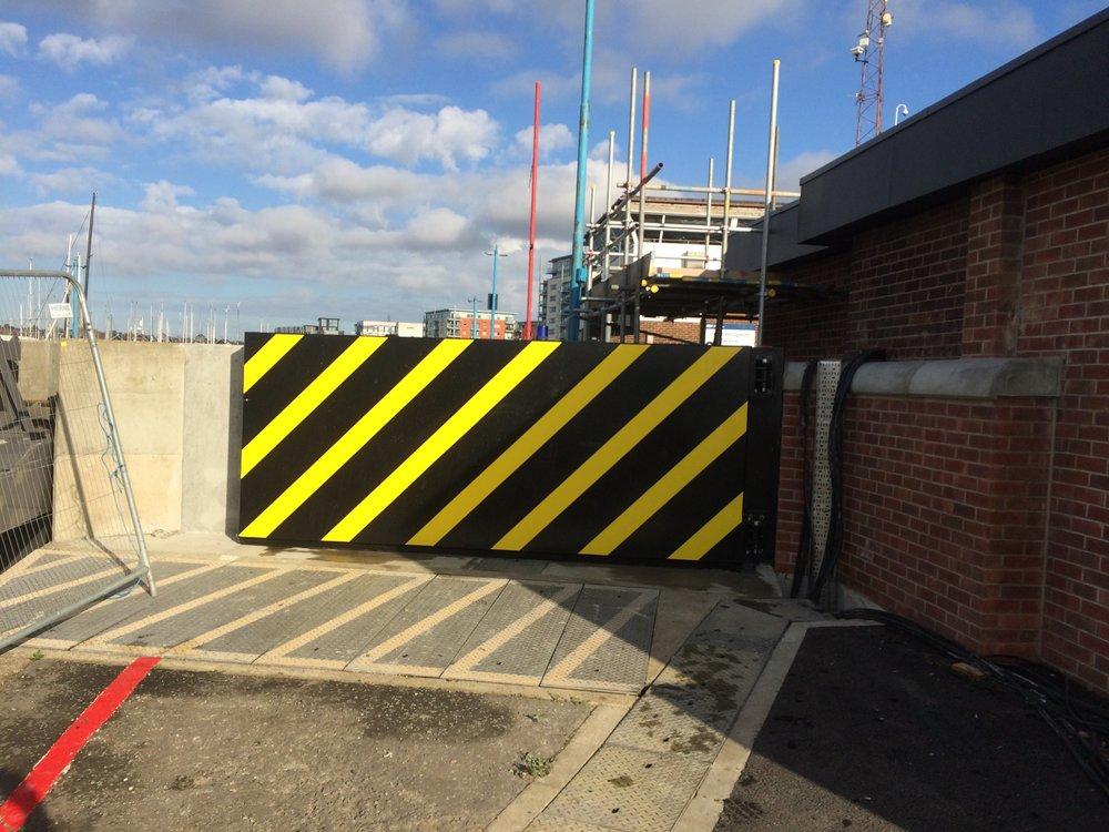 1st Defence Flood Gate 4