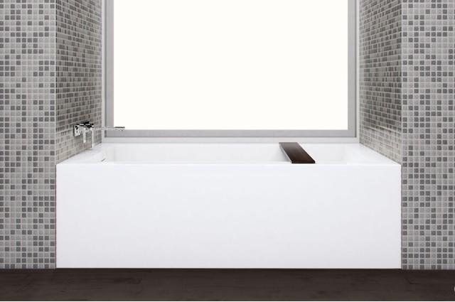 Cube Bathtub BC14.png