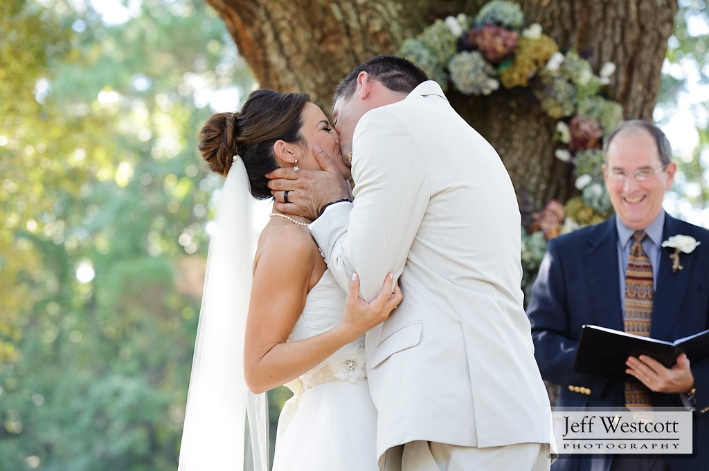 Bride and groom - kiss