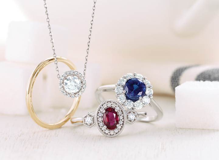 FINE JEWELRY - Diamond jewelry is among the most prevalent types of fine fashion jewelry