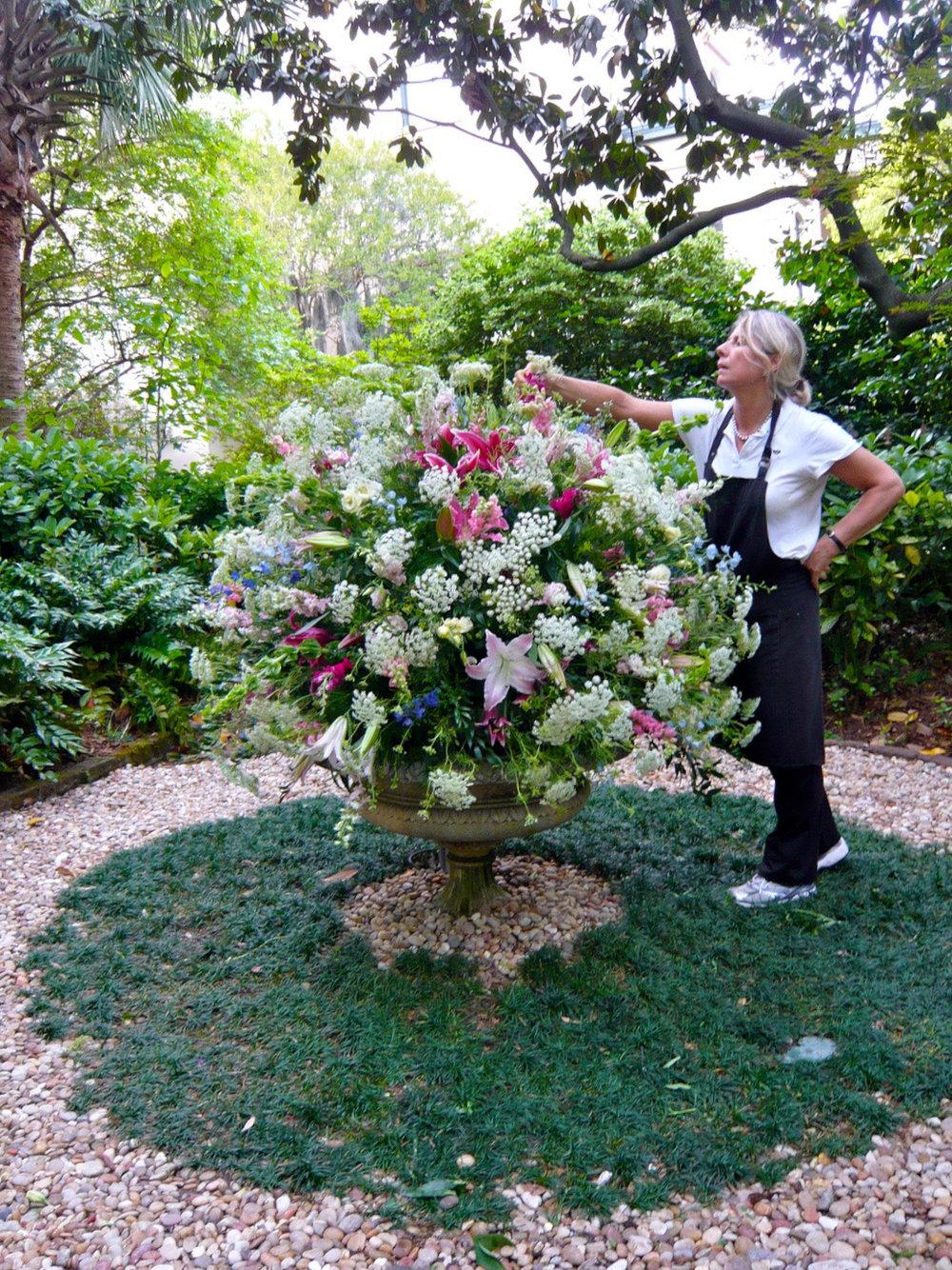 urn_magnoliahall.jpg