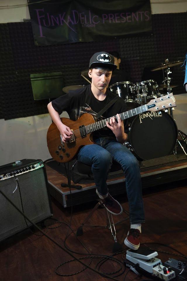 Jersey-Sullivan-guitar-color-batman.jpg