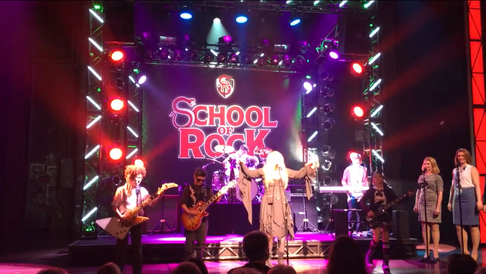 Jersey-Sullivan_Stevie-Nicks-performing-SOR.png