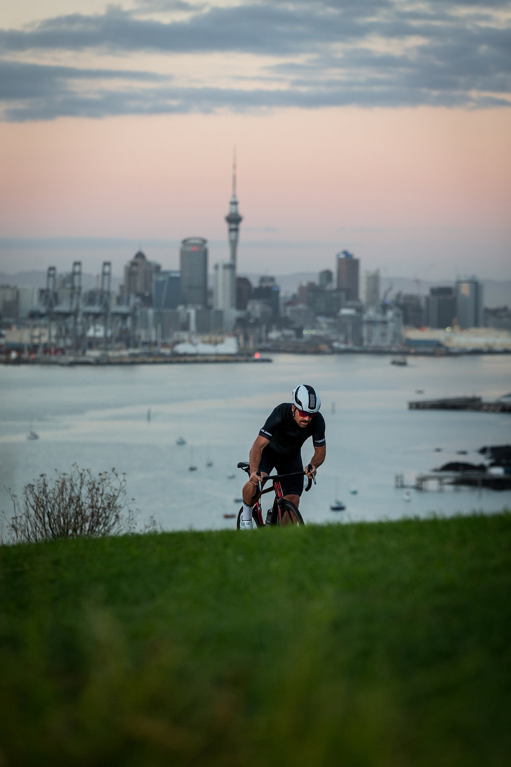 nzcj_factorone_bike_auckland4.jpg