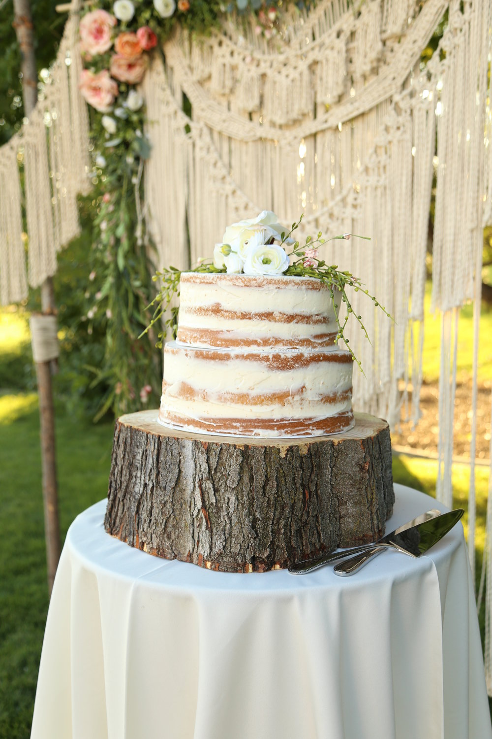Naked Cake Boho Wedding
