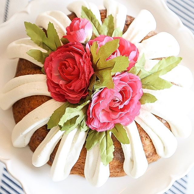 Easter is almost here!  Why in the world did it take so long this year?? If you need a yummy treat fro your Easter dinner, try this one!  I am!  Link to recipe in my bio.  Happy weekend!! . . . #easterdessert #bundtcake #myrecipes #paintednonsense #makesomethinggood #diyeverything #yummythings #springdessert