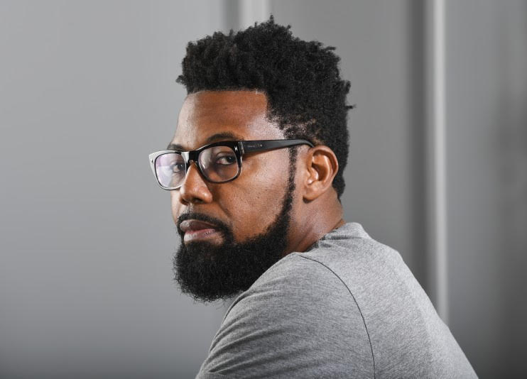 Damon Young   Pittsburgh native Damon Young is the editor-in-chief of  VerySmartBrothas  (VSB) and a professional Black person. He enjoys selfies with his infant daughter, getting hurt playing pick-up basketball, and unsolicited pancake dinners.