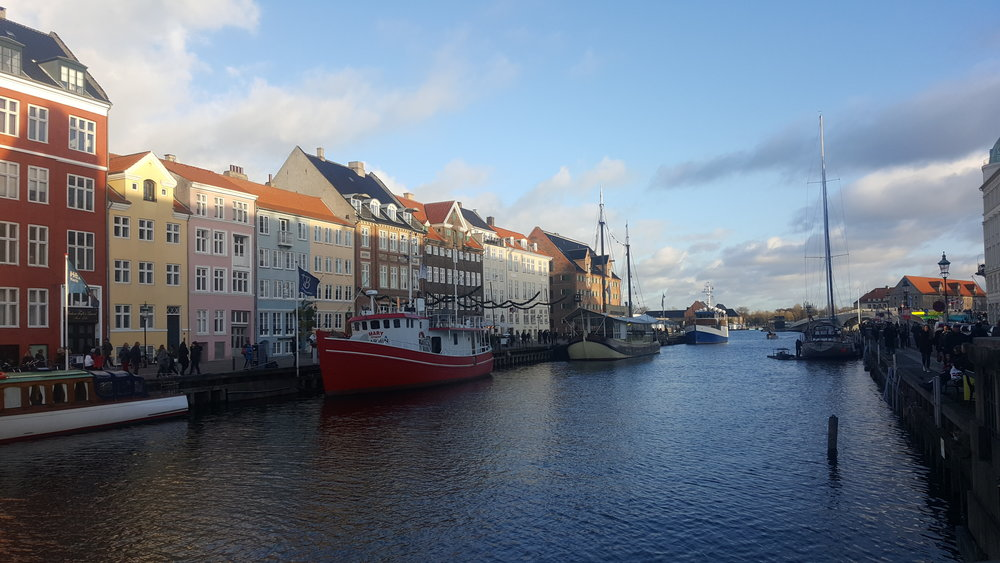 Breathing in HYGGE by Nyhavn