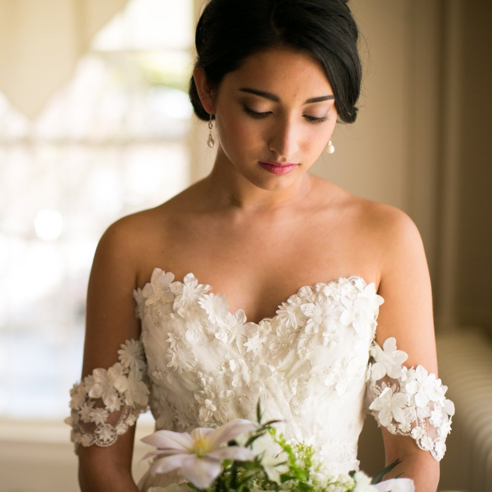 kellylemon_Romance_white_wedding_sneakpeeks_IG-5-2.jpg