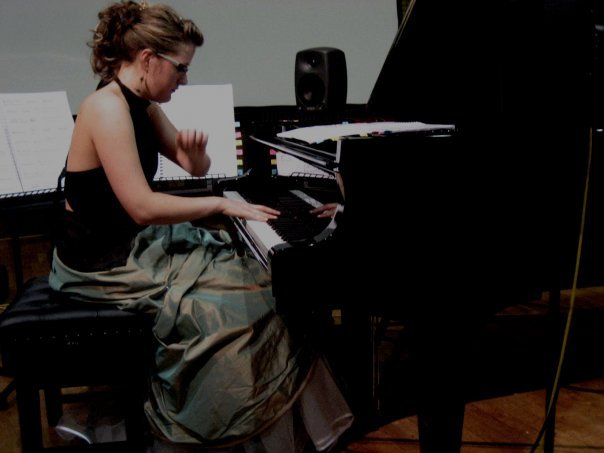Melissa Morris  / Grand Piano 1