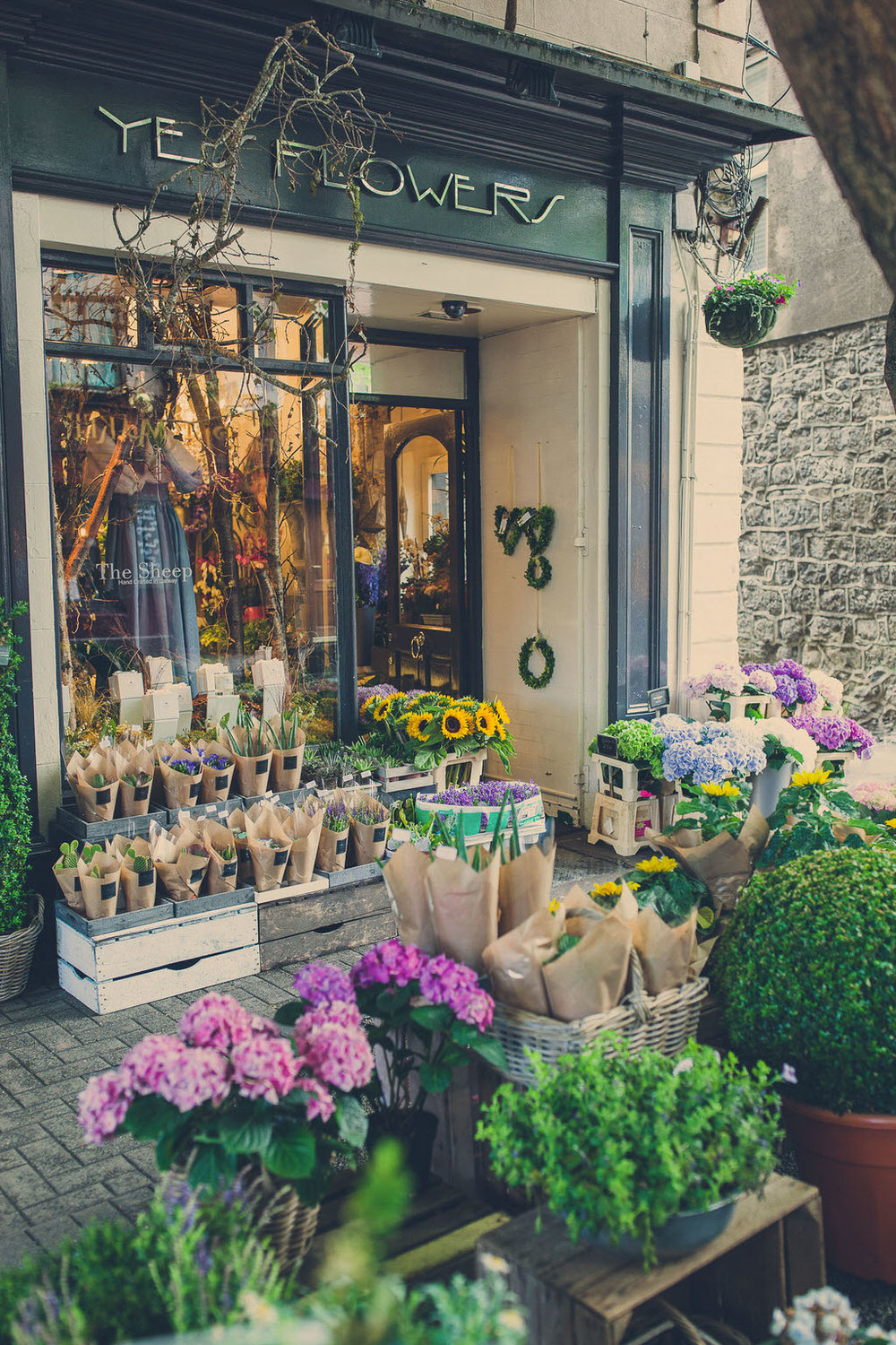 yes flowers. florists in galway. flower shop galway