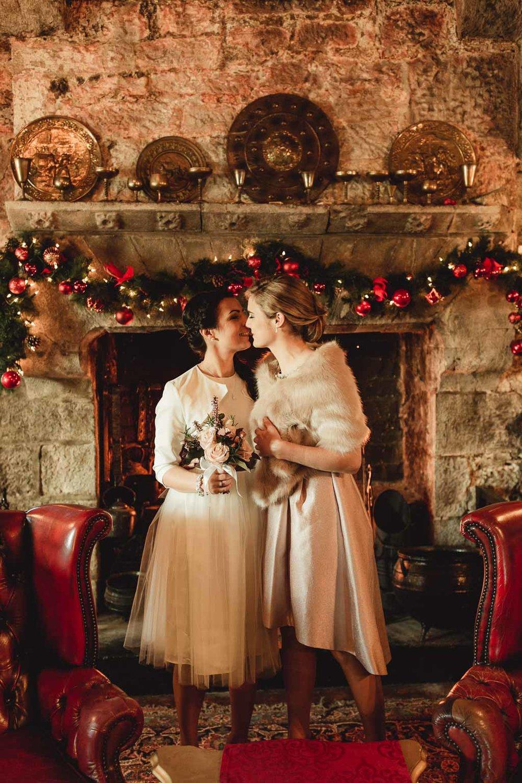 christmas wedding ideas-5.jpg