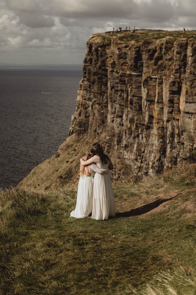 elopement wedding at cliffs of moher