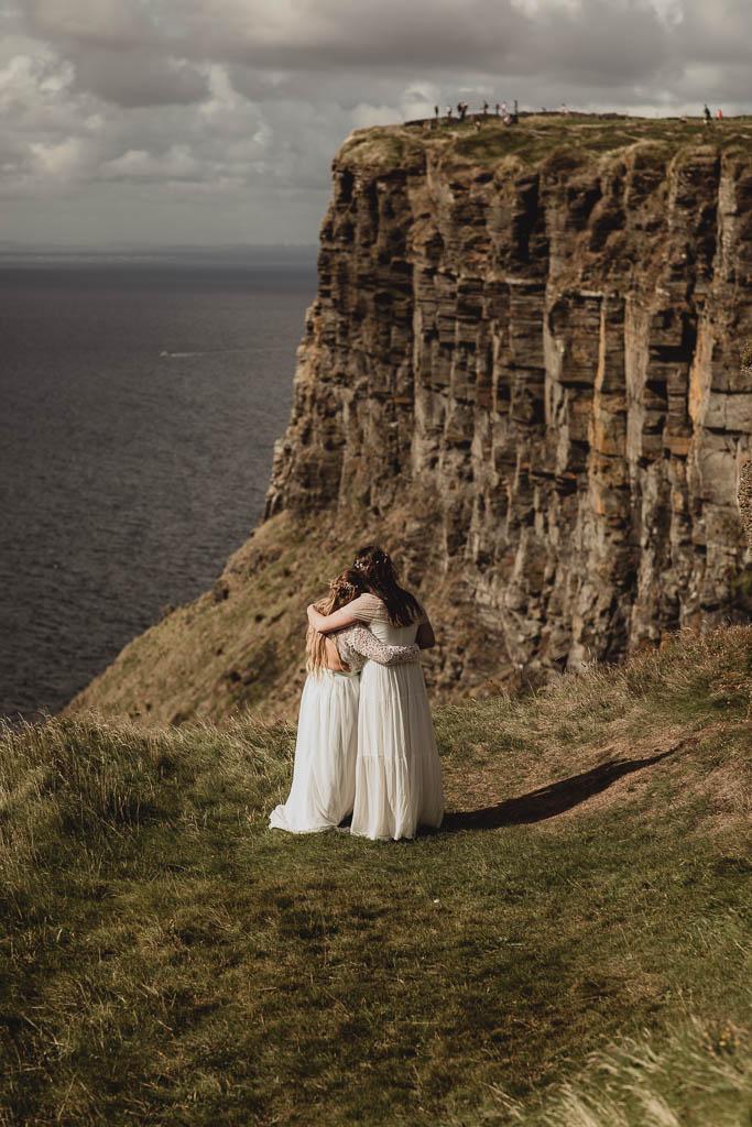elopement wedding at cliffs of moher