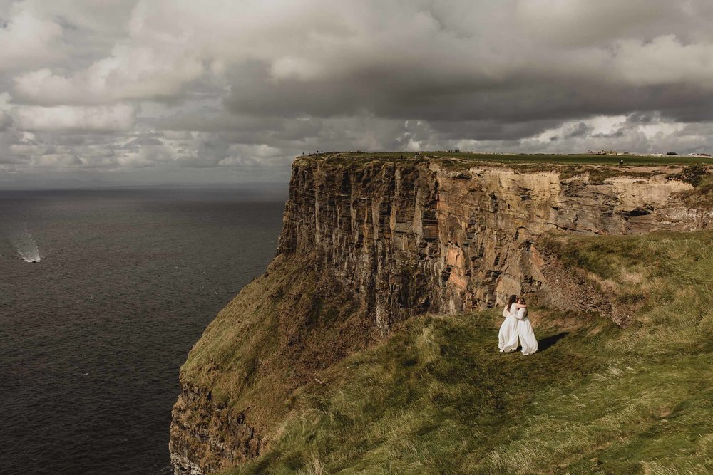 elopement at cliffs of moher