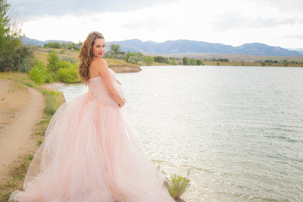 Lakeside-maternity-pink-tutu-feminine.jpg