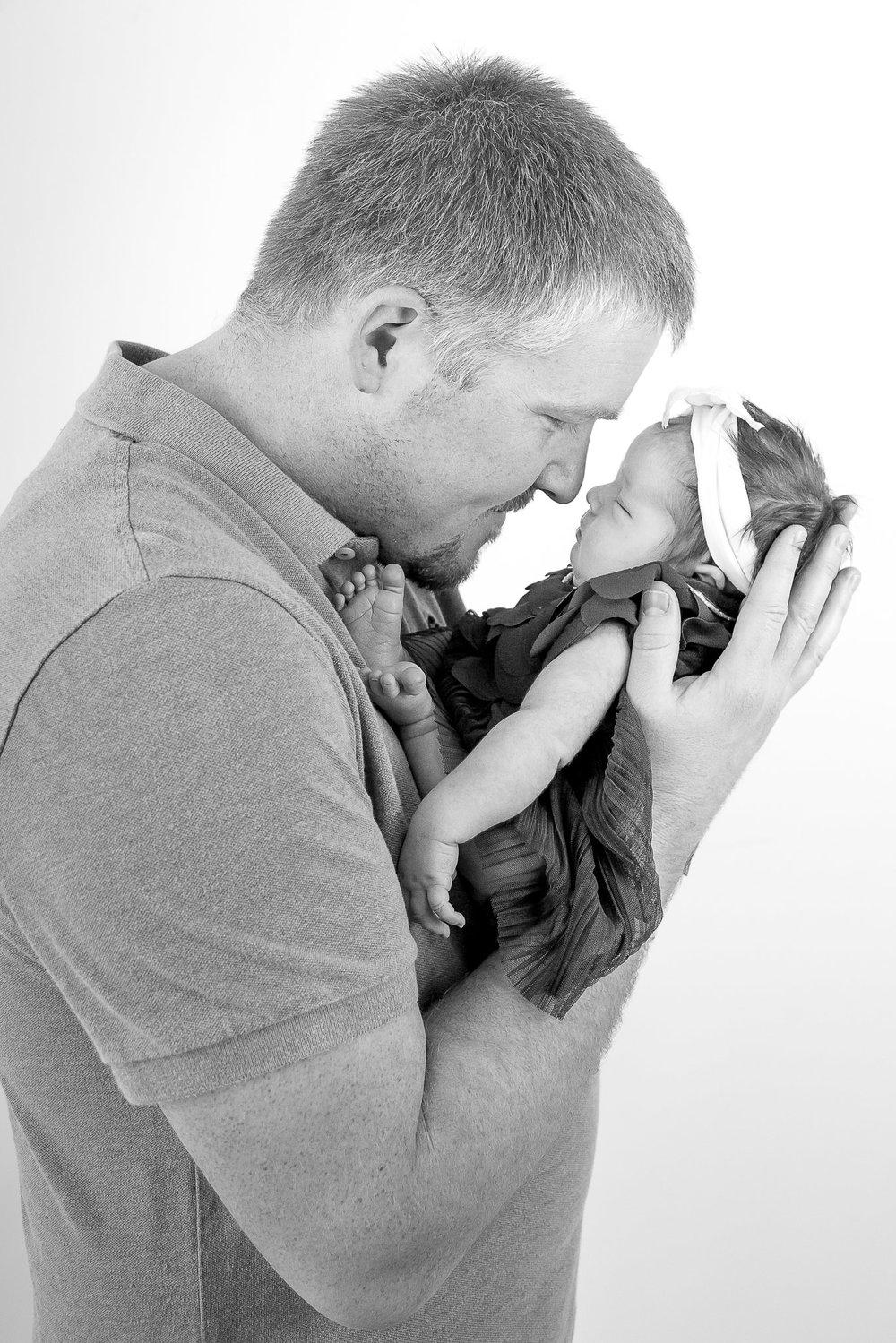 Modert Newborn - WEBSITE-2-6.jpg