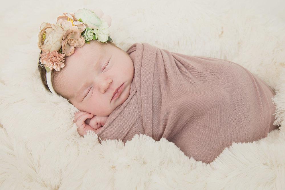 Modert Newborn - WEBSITE-9225.jpg