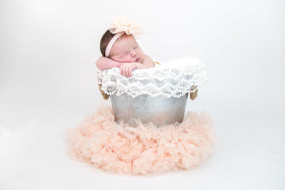 Modert Newborn - WEBSITE-9232.jpg