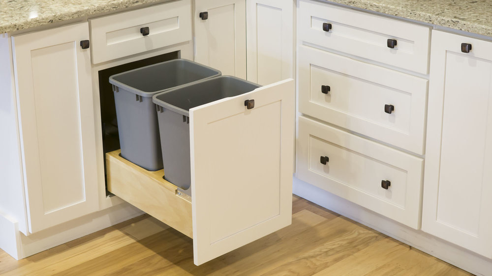 3-storage-solutions-trash-pullout.jpg