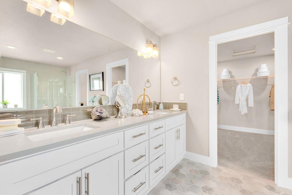 Azure NW Pearl Bath