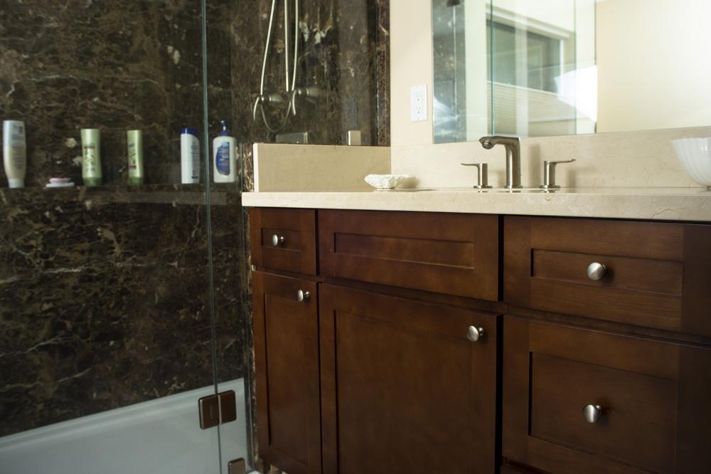 Modern Mocha Bath