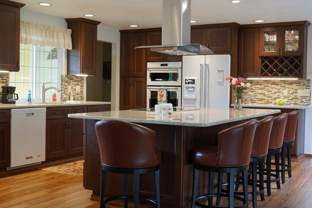Inviting-Mocha-Kitchen (1).jpg
