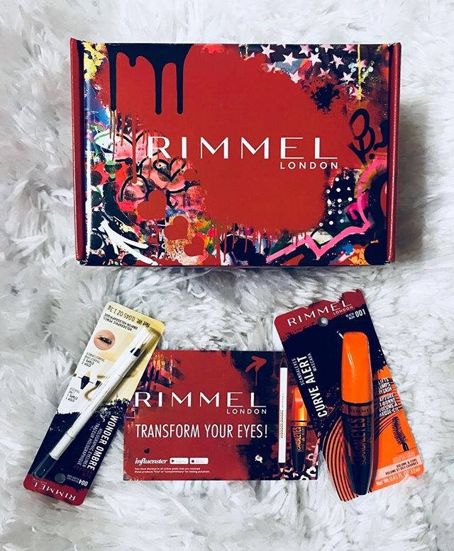 Need some edge added to your summer look? @rimmellondonus has the perfect products to help you add a pop to your eye looks. • • Good news...as a thank you to all of my new followers, I'll be doing a #giveaway for these two products! All you have to do is follow me on IG, and comment on this post. You have one week to enter! • • Thank you so much @influenster for these products! #RimmelWonderOmbre #EdgeYourLook #contest #complimentary  #bbloggers #makeupflatlay #makeupcollection #makeupblogger #makeuptalk #beautyblogger #instabeauty #makeupaddict #makeuplover #instamakeup #slaytheflatlay #wakeupandmakeup #beautyjunkie #makeuplove #beautyblog #flatlay #flatlayaddict #blackgirlswhoblog #dallasblogger