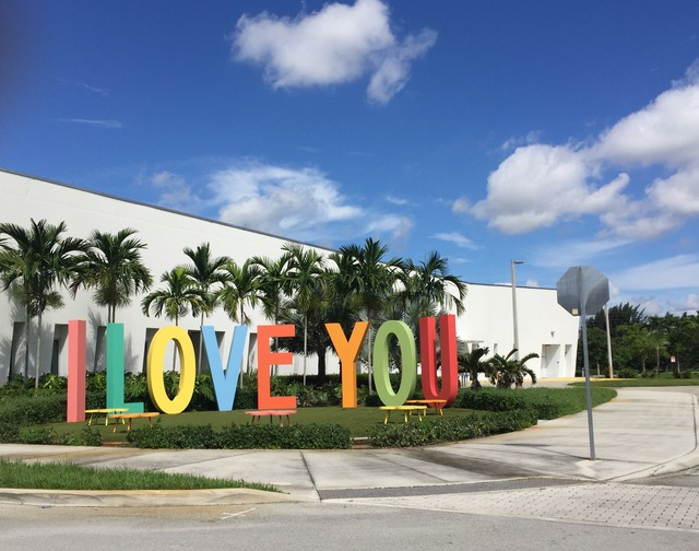 Florida_I Love You_Rosario Marquardt & Roberto Behar_R&R Studios_Public Art Services_J Grant Projects_6.jpg
