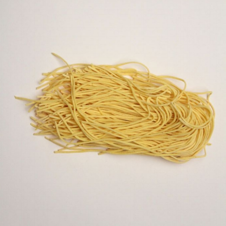 Egg Spaghetti   10 - 1lb. gas flushed pouches / case. 4 - 4oz portions / lb. 2mm wide - 1.25mm thick
