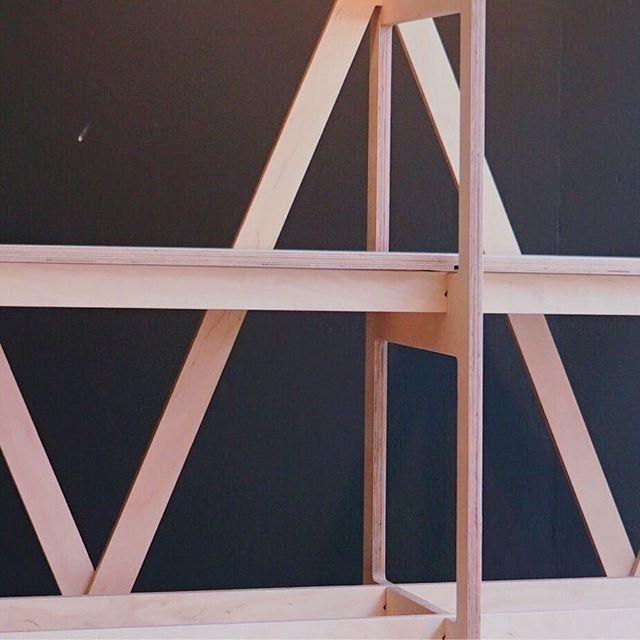 #communityproject #communityempowerment #noscrews #cnc #cncwoodworking #shelvingunit #furnituredesign #woodworking #plywood #plywooddesign