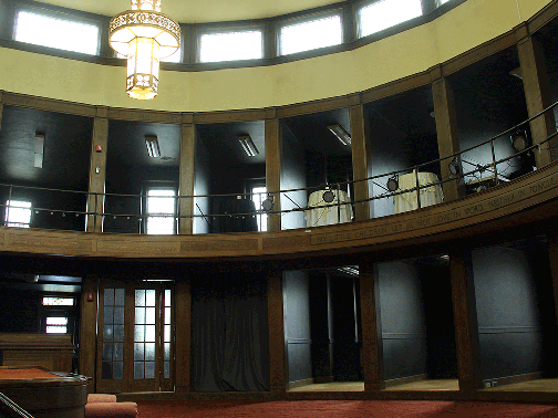 Cabaret with balcony seating