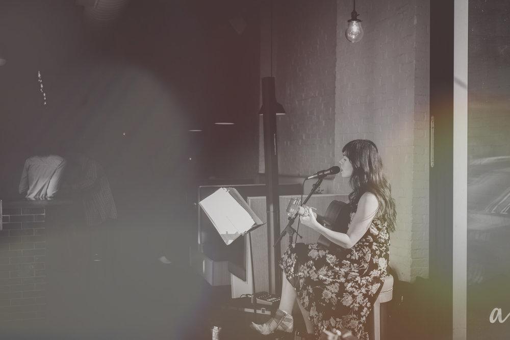 Acorn Show live music