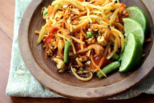 Som-Tum-Thai-Inquiring-Chef.jpg