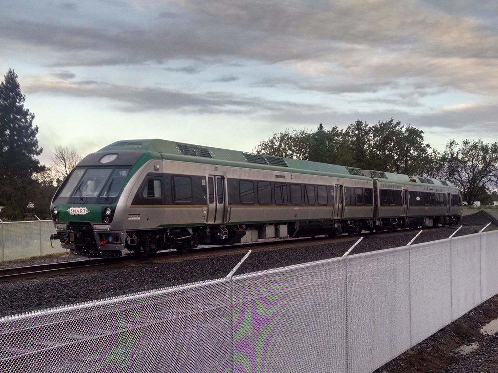 smart_train.jpg