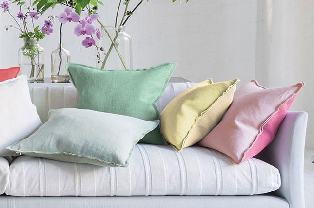 pastel-decorative-pillows-2019.jpg