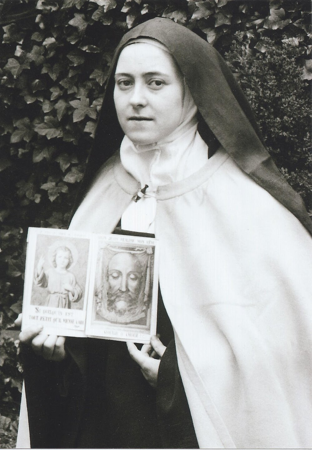 St. Therese with the Holy Face.jpg