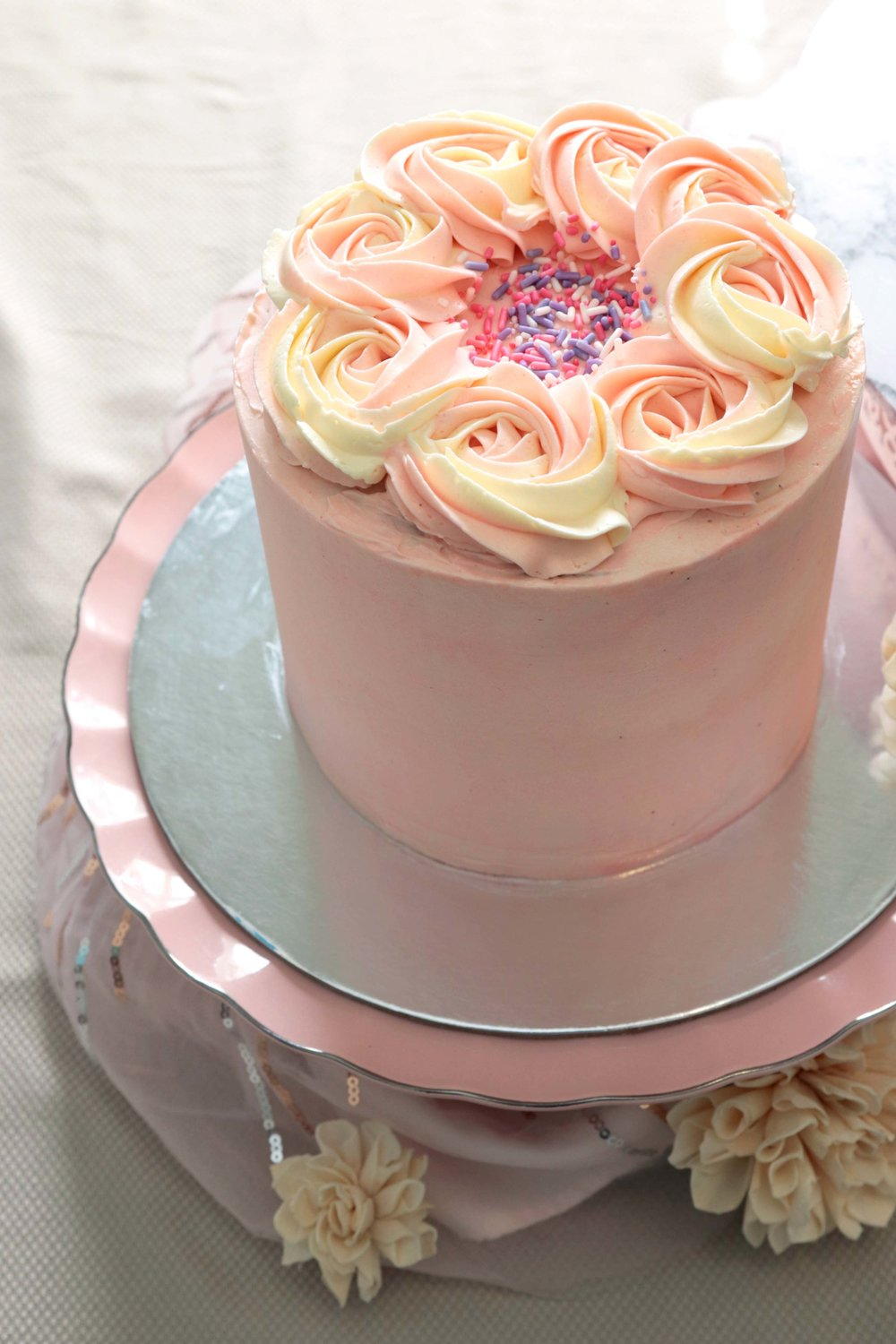 The_Little_Cake_Maker_Perth_Baker_CustomCakes_DayCakes_Slices_Tarts_Cupcakes_Day_Cakes_1.jpg