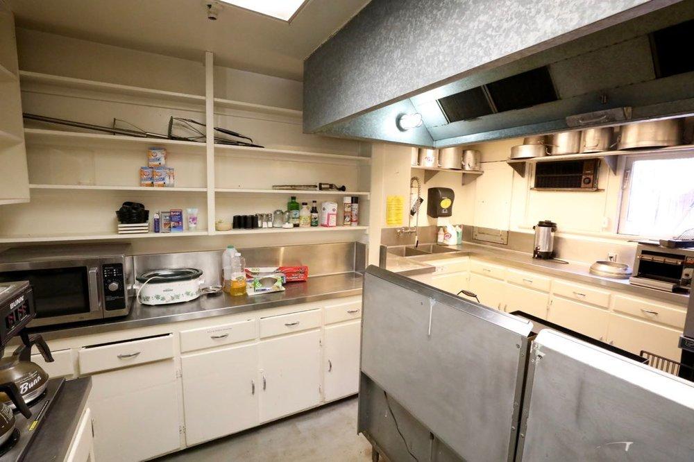 Case Lodge Kitchen - view 2