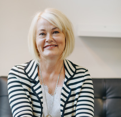 Lynne Witynski - Business Coach - Coaching for ChangeThroughout my career I've had the privilege of working with people from all walks of life and backgrounds who strive to give back – to their employer, their staff, their clients and the community at large. Inevitably these are the people who's personal values align with the values and mission of their organisation.When these two value systems are out of sync, problems can arise. As an HR professional, mediator and organisational coach, I'm often called in to ascertain what lies beneath an apparent problem to help effect some positive change. Often clarity is the key issue that's missing between or amongst individuals. That might mean anything from a facilitated conversation, through to training or support.Over the years, I've come to see that people don't come to work to fail – almost everyone wants to succeed. That's the reason I started my own coaching business – to help bring out the best in individuals and assist employers attract and retain a highly skilled workforce. My objective is to help others see alternative paths for managing change and be able to reach their potential.Coaching For Change is a Melbourne based company specialising in assisting individuals to achieve their professional goals and corporate clients to recruit and retain the people best suited to meet their organisation's objectives.Linkedin profile