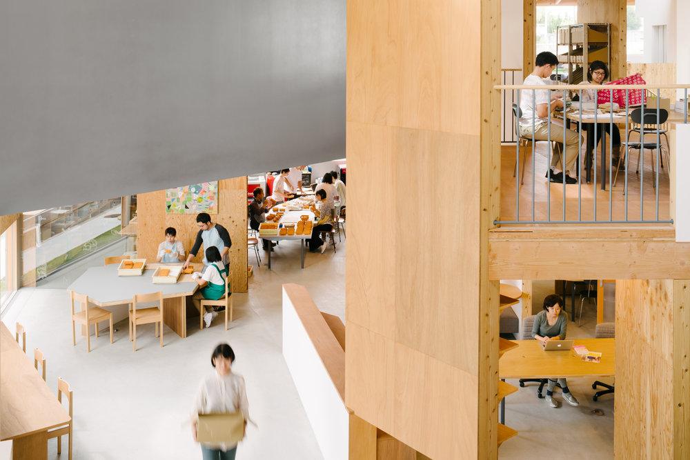 奈良景観デザイン賞2016知事賞建築賞 - Good Job! Center KASHIBAが奈良景観デザイン賞2016の知事賞建築賞を受賞しました!http://nara-kenchikushikai.or.jp/design/design.html