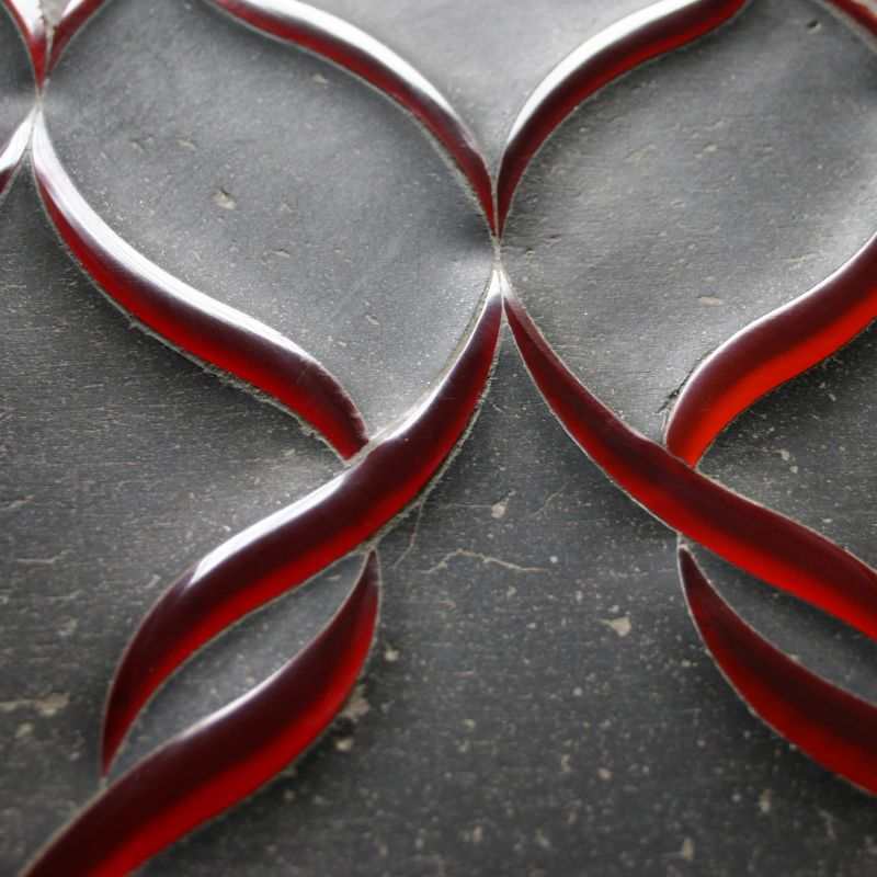 Sophie-Red-Glass-details300dpi-34vbd5xr9owibzr8vht91c.jpg