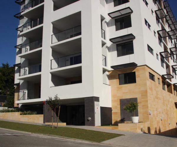Desert-Sand-Sandstone-Apartments-1-34va6imn4vz9qzns4s9rls.jpg