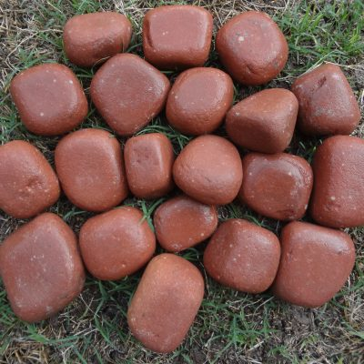 PEBBLES-RED-WET-1-31kh0ghfqy5nlqm7i58g00.jpg