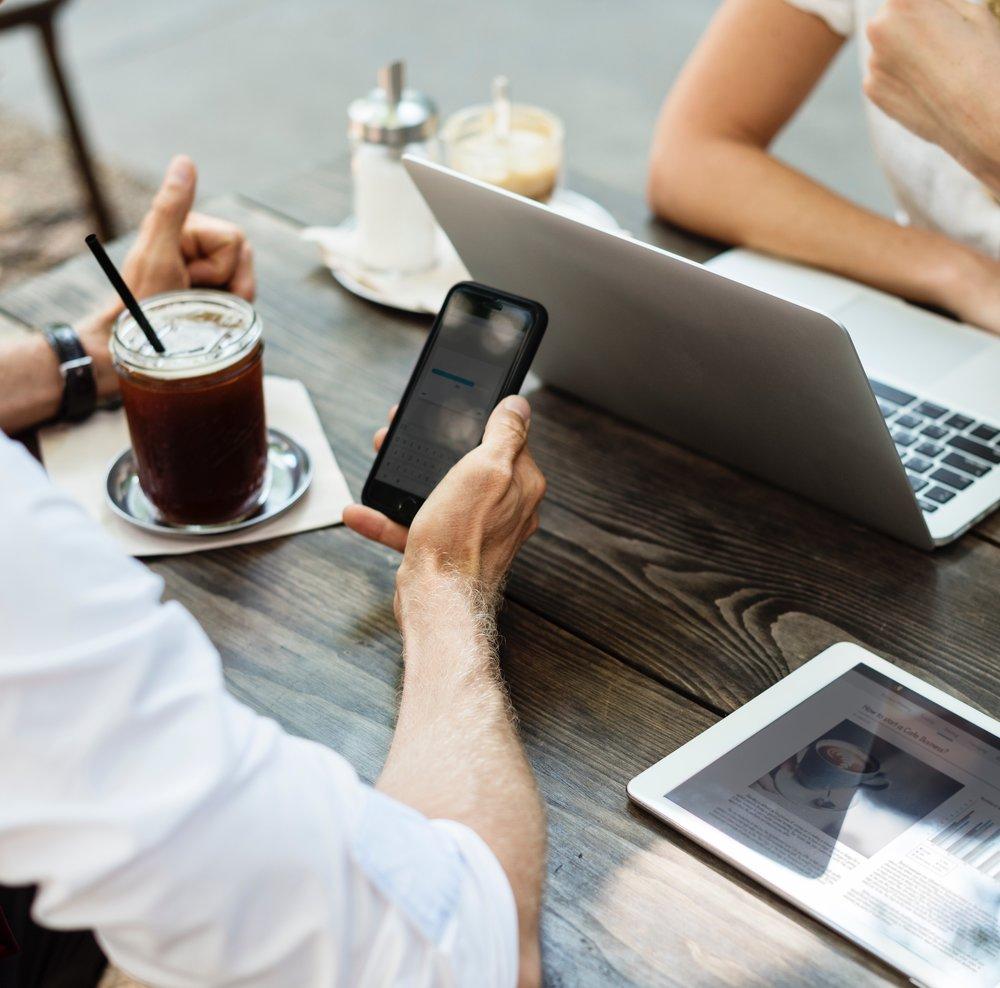 VENNOOTSCHAP - Voor al je vragen over vennootschappen,M&A en contracten.