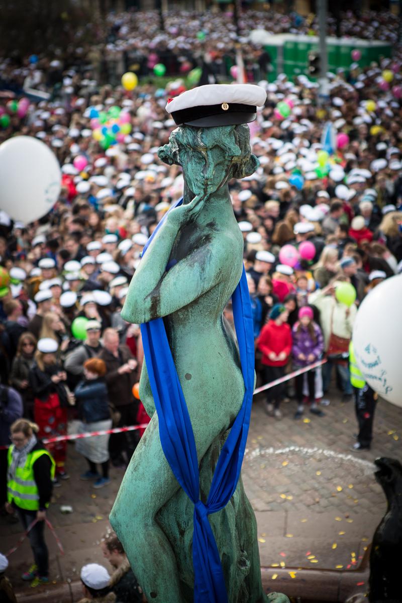 HYY lakitti Mantan viimeksi vuonna 2014. Lakin lisäksi Manta kantaa kuvassa HYYn sinistä nauhaa.      Kuva: Mikko Virta, 2014