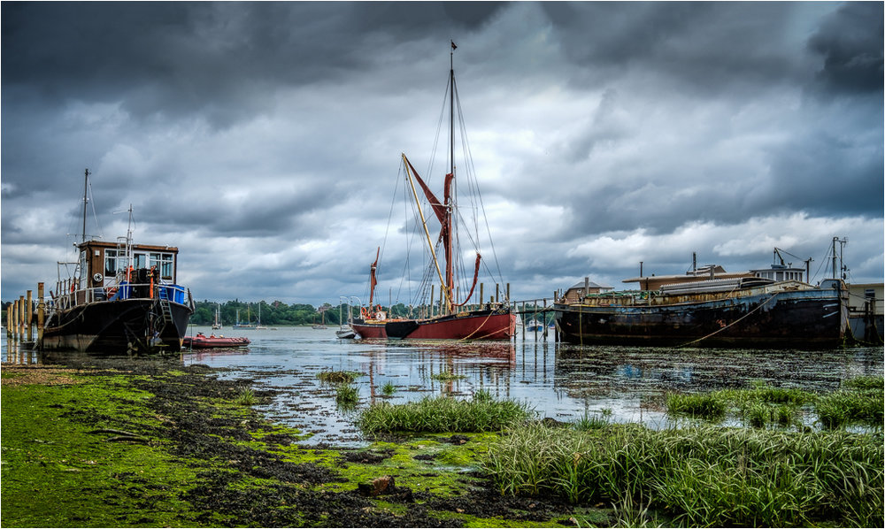 Red Barge Pin Mill © John Livy LRPS